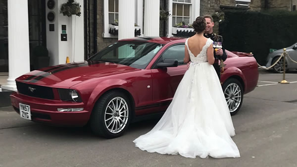 ford mustang wedding car
